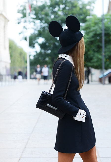 la-modella-mafia-Anna-Dello-Russo-2013-street-style-in-a-Valentino-mini-dress-studded-clutch-and-mickey-hat-1